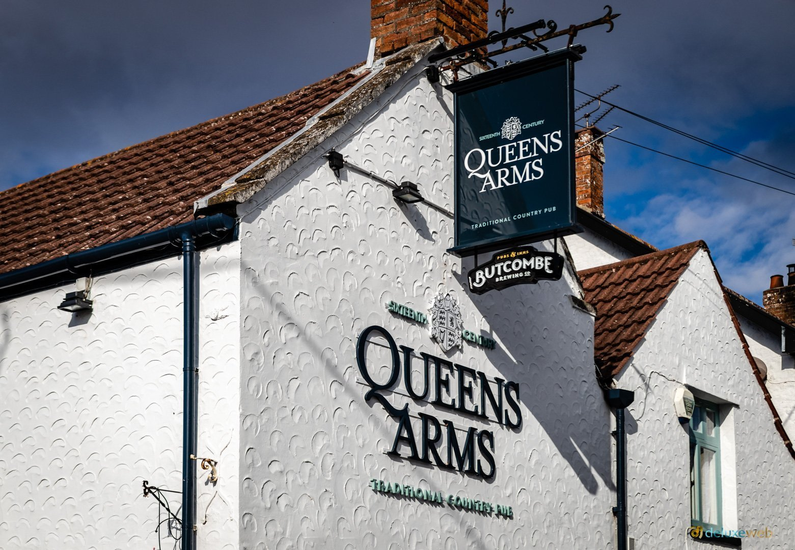 Queens Arms - gable1